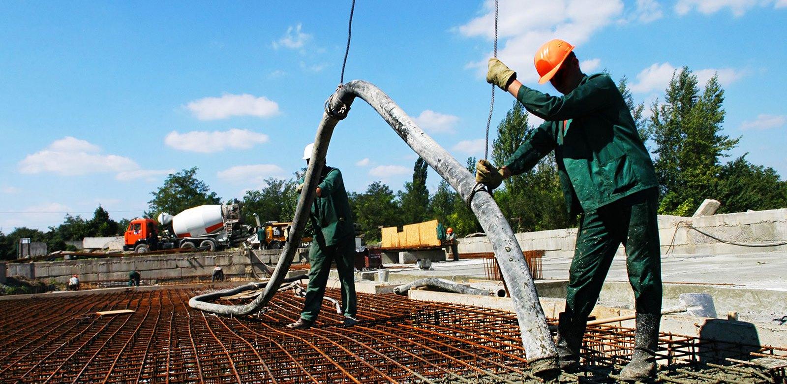 Строительной практика бетонирование